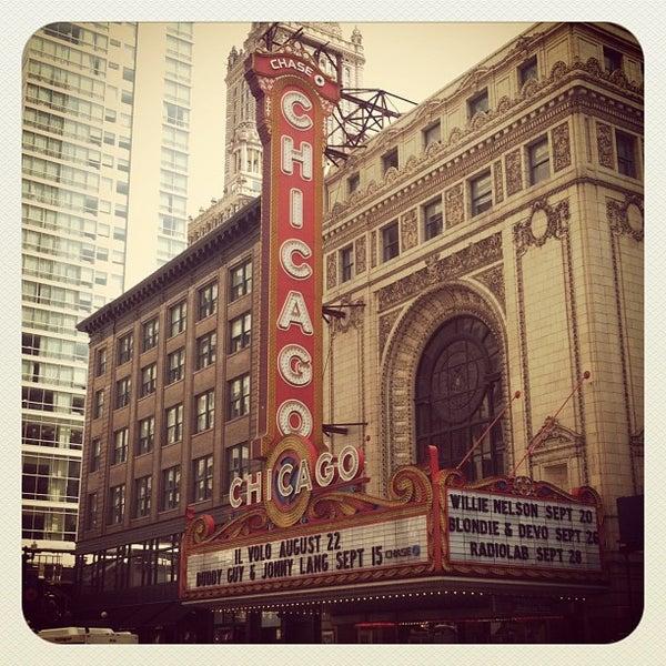 7/22/2012에 Zach L.님이 The Chicago Theatre에서 찍은 사진