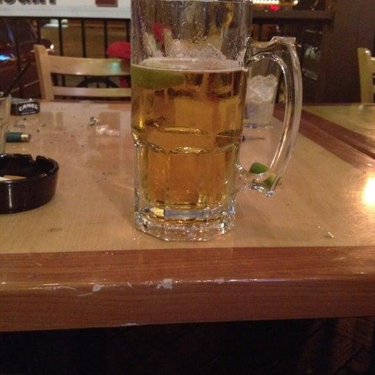 Foto scattata a OT Tavern da Alyssa M. il 2/27/2012