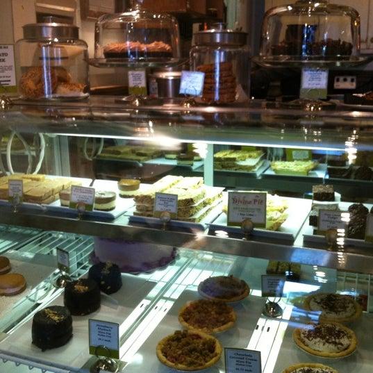 6/8/2012にRumika S.がBack to Eden Bakeryで撮った写真