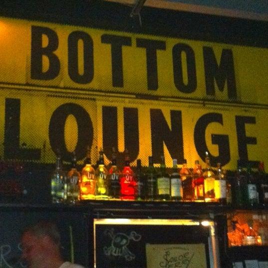Photo prise au Bottom Lounge par Panik le7/7/2012