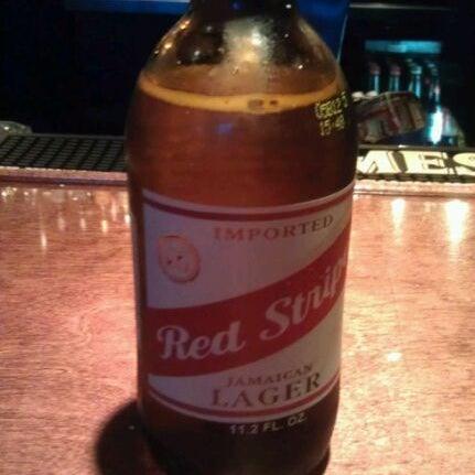 4/7/2012 tarihinde Ralph R.ziyaretçi tarafından Royal Oak Bar and Grill'de çekilen fotoğraf