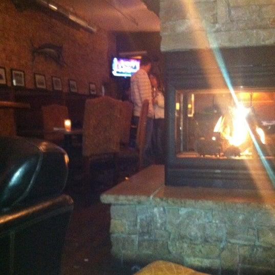 Das Foto wurde bei Eagle Street Grille von Kari J. am 4/29/2012 aufgenommen