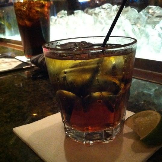5/25/2012에 Kayla J.님이 Ike's Food & Cocktails에서 찍은 사진