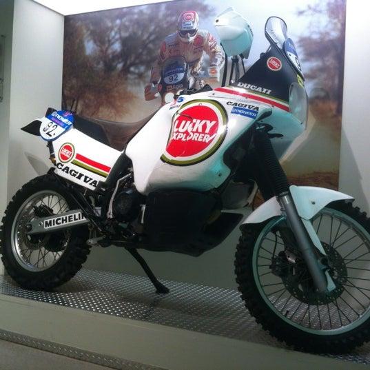 6/19/2012 tarihinde Anton M.ziyaretçi tarafından Ducati Motor Factory & Museum'de çekilen fotoğraf