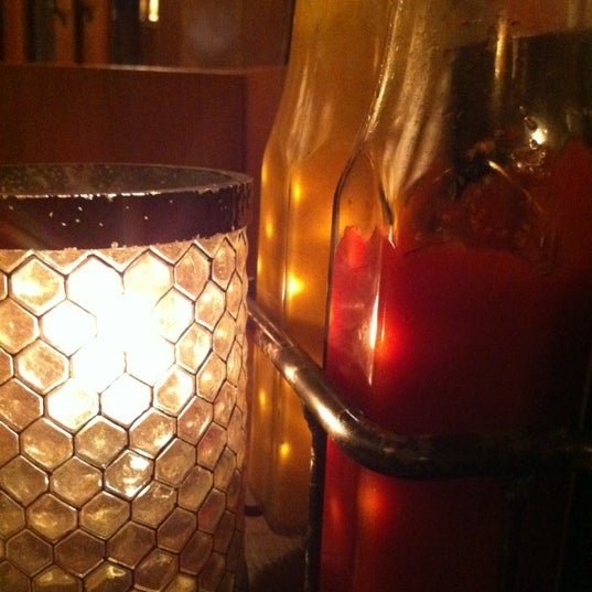 9/4/2012にJimmy M.がMo's Restaurantで撮った写真
