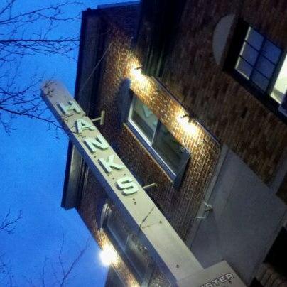 Foto scattata a Hank's Oyster Bar da Patrick P. il 2/19/2012