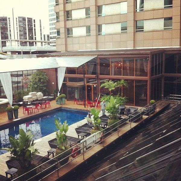Foto scattata a Sheraton São Paulo WTC Hotel da SweetPearl .. il 3/28/2012