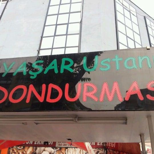Foto tirada no(a) Dondurmacı Yaşar Usta por Rana K. em 5/7/2012
