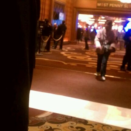 รูปภาพถ่ายที่ Horseshoe Hammond Casino โดย JL J. เมื่อ 3/10/2012