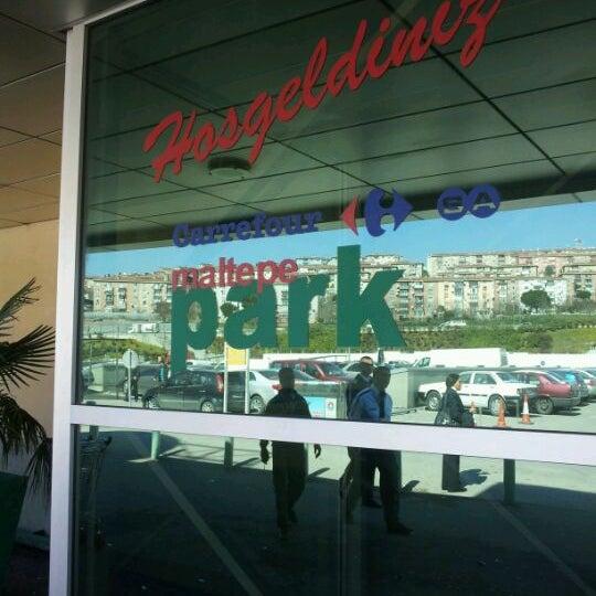 รูปภาพถ่ายที่ Maltepe Park โดย Hüseyin A. เมื่อ 3/19/2012