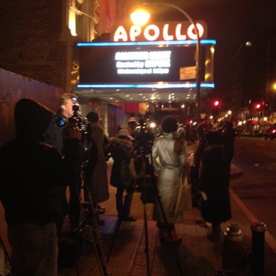2/12/2012 tarihinde Tek775ziyaretçi tarafından Apollo Theater'de çekilen fotoğraf