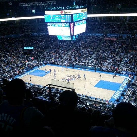 Das Foto wurde bei Chesapeake Energy Arena von Zach G. am 2/18/2012 aufgenommen