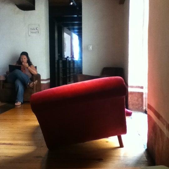 7/10/2012에 Alma P.님이 Profética - Casa de la Lectura에서 찍은 사진