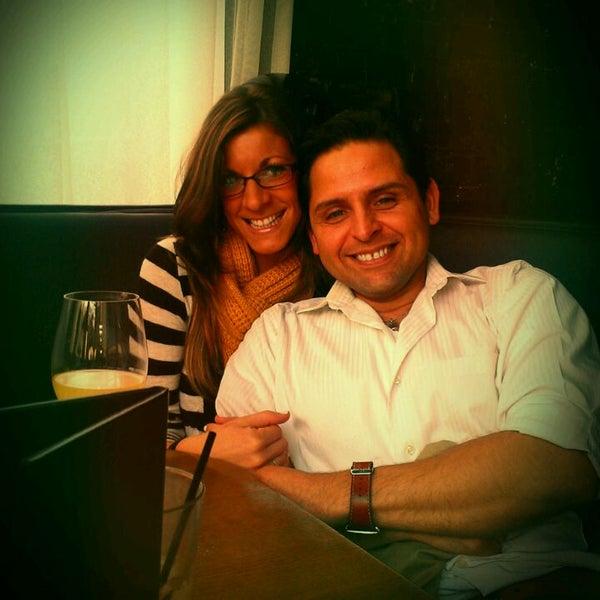 รูปภาพถ่ายที่ Terilli's โดย Rafael D. เมื่อ 3/11/2012