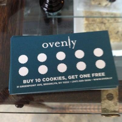 Das Foto wurde bei Ovenly von Tom am 8/5/2012 aufgenommen