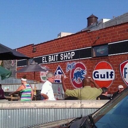 Das Foto wurde bei El Bait Shop von Laura G. am 8/30/2012 aufgenommen