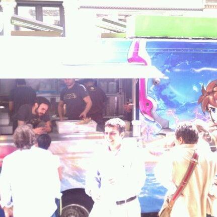 3/23/2012 tarihinde Jeffrey A.ziyaretçi tarafından Taïm Mobile Falafel & Smoothie Truck'de çekilen fotoğraf