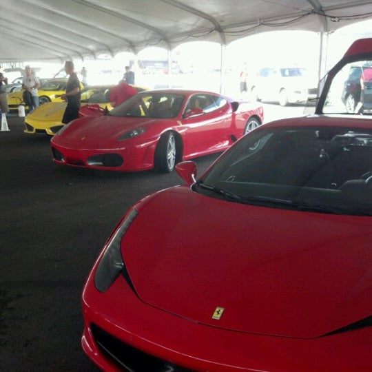 Снимок сделан в Exotics Racing пользователем Andy W. 7/28/2012