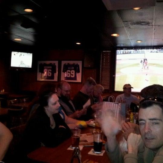 รูปภาพถ่ายที่ Park Tavern Bowling & Entertainment โดย Robert B. เมื่อ 4/25/2012