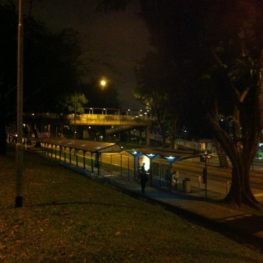 Photos at Bus Stop 17259 (Blk 408) - Bus Station in Clementi