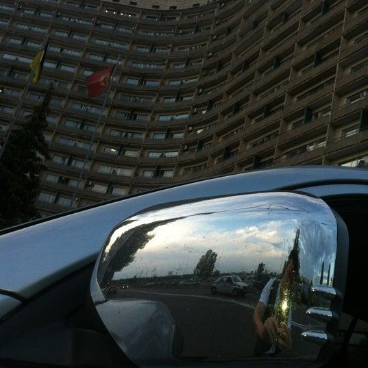 6/1/2012 tarihinde Artem T.ziyaretçi tarafından Готель «Славутич»  / Slavutych Hotel'de çekilen fotoğraf