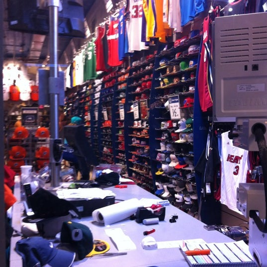 Photos at Lids - Accessories Store in Miami Beach