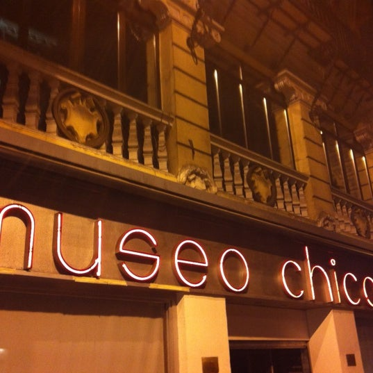 รูปภาพถ่ายที่ Museo Chicote โดย Alberto L. เมื่อ 8/3/2012