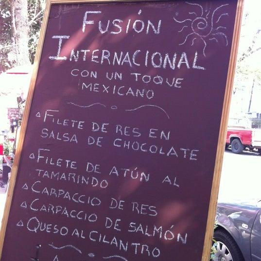 3/7/2012 tarihinde Pablo Z.ziyaretçi tarafından BB KFE'de çekilen fotoğraf