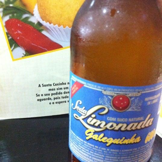 Das Foto wurde bei Santa Coxinha von Fernando B. am 4/13/2012 aufgenommen