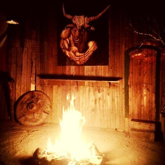 Foto scattata a Bull Bar da didem o. il 7/28/2012