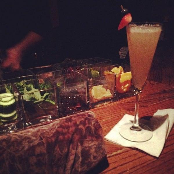 Photo prise au The Gin Mill par Melody L. le2/5/2012