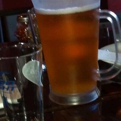 Foto scattata a The Pizza Pub da Manny L. il 6/2/2012