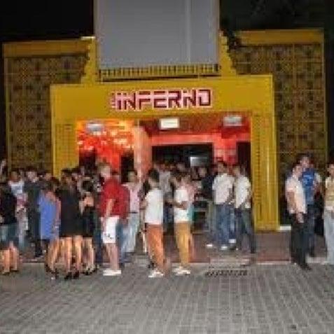 รูปภาพถ่ายที่ Club Inferno โดย By Can เมื่อ 8/10/2012
