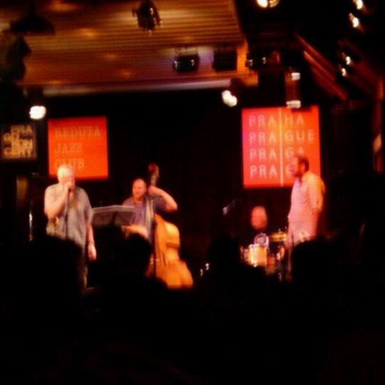 Foto tomada en Reduta Jazz Club por Laura G. el 9/9/2012