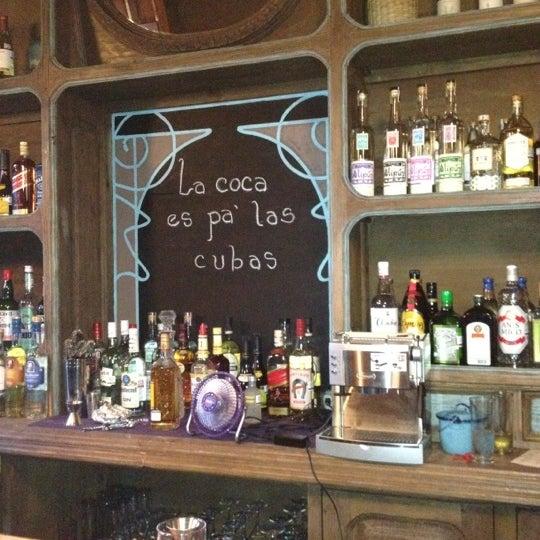 Снимок сделан в Salón Púrpura пользователем Paul B. 5/30/2012