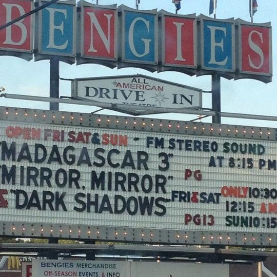 Снимок сделан в Bengies Drive-in Theatre пользователем Aisha M. 6/10/2012