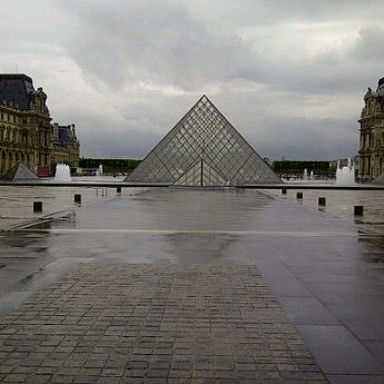 Foto tomada en Le Louvre Ripaille por Joe B. el 6/12/2012