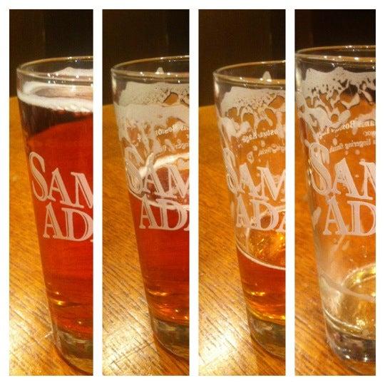 Photo prise au Samuel Adams Brewery par Tomer L. le2/20/2012