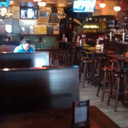 Das Foto wurde bei The Stumble Inn von Mike W. am 4/24/2012 aufgenommen