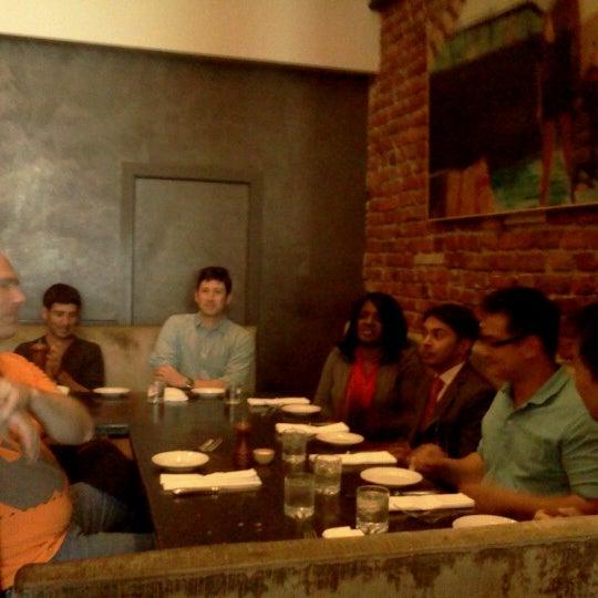 รูปภาพถ่ายที่ Oola Restaurant & Bar โดย Jose C. เมื่อ 6/15/2012