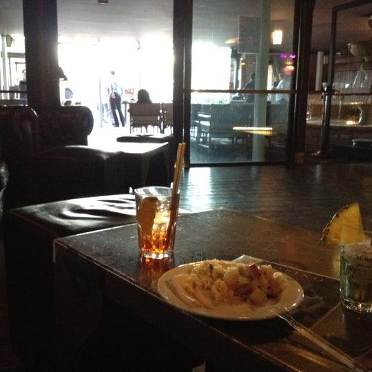 รูปภาพถ่ายที่ Bobino Club โดย Andre V. เมื่อ 5/30/2012