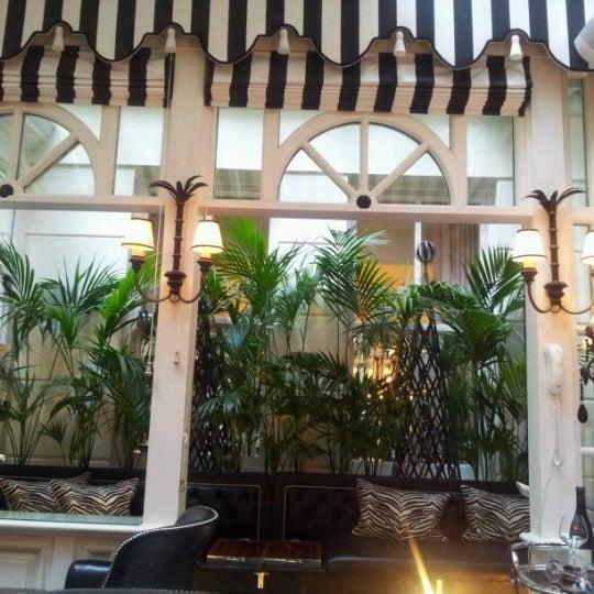6/21/2012にFrederic B.がThe Milestone Hotelで撮った写真