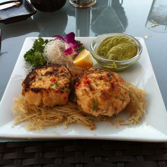 Das Foto wurde bei Mura Japanese Restaurant von Elisha Gutloff, M. am 6/29/2012 aufgenommen