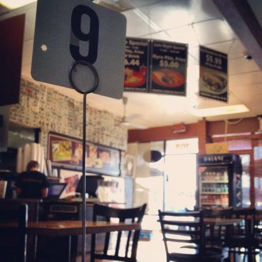 3/30/2012にProsperous J.がOliveo Grillで撮った写真