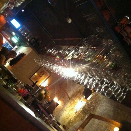 Foto scattata a Grandma's Bar da Taylor A. il 3/7/2012