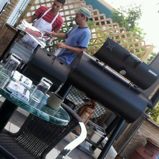 Das Foto wurde bei The Federal Food Drink & Provisions von Annush am 6/10/2012 aufgenommen