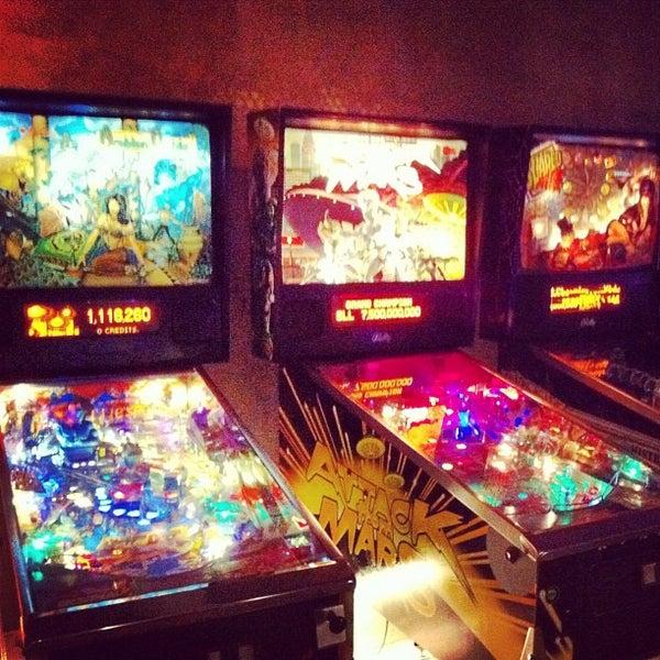 3/3/2012 tarihinde Rafa G.ziyaretçi tarafından Rock 'n' Roll Burger'de çekilen fotoğraf