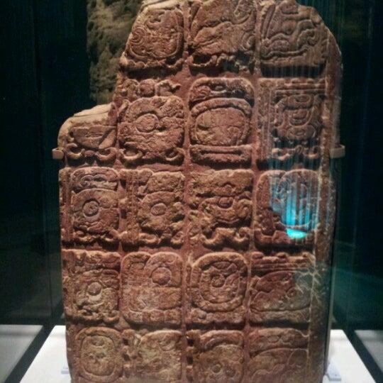 Das Foto wurde bei University of Pennsylvania Museum of Archaeology and Anthropology von Ashley Jiwon J. am 8/1/2012 aufgenommen