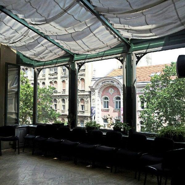 7/21/2012にGabor C.がMai Manó Gallery and Bookshopで撮った写真