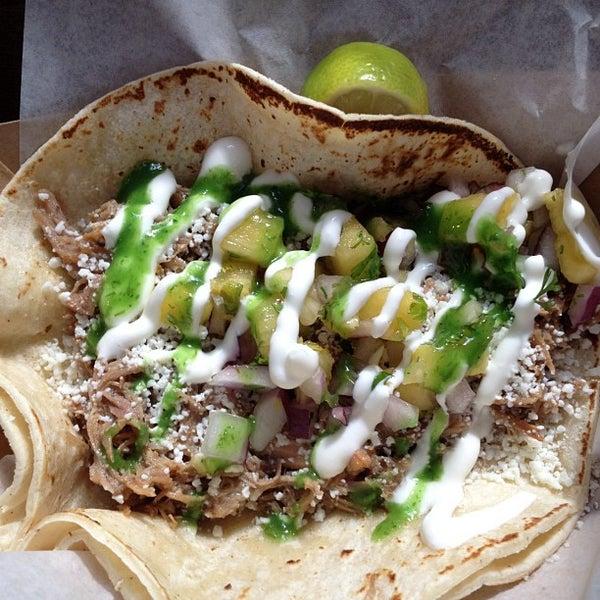 7/27/2012にZeb D.がBrooklyn Taco Companyで撮った写真